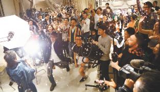 4月5日、1000人目の撮影が終了した瞬間!