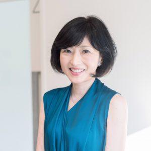 新井鷗子さん
